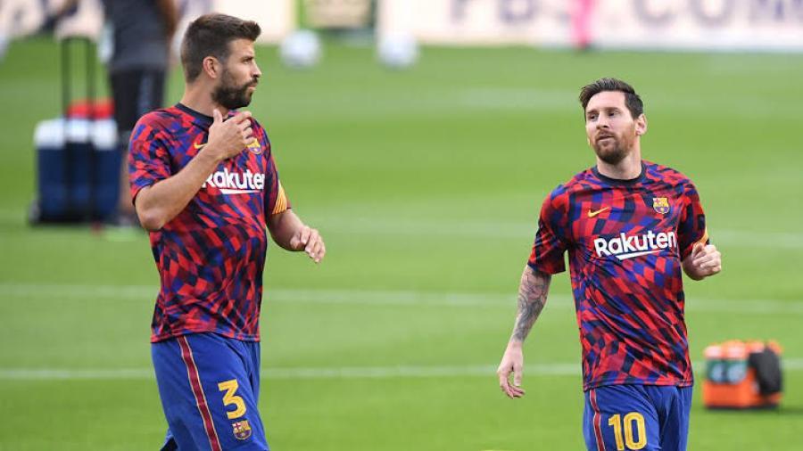 Piqué confía en que Messi esté convencido de seguir en Barcelona