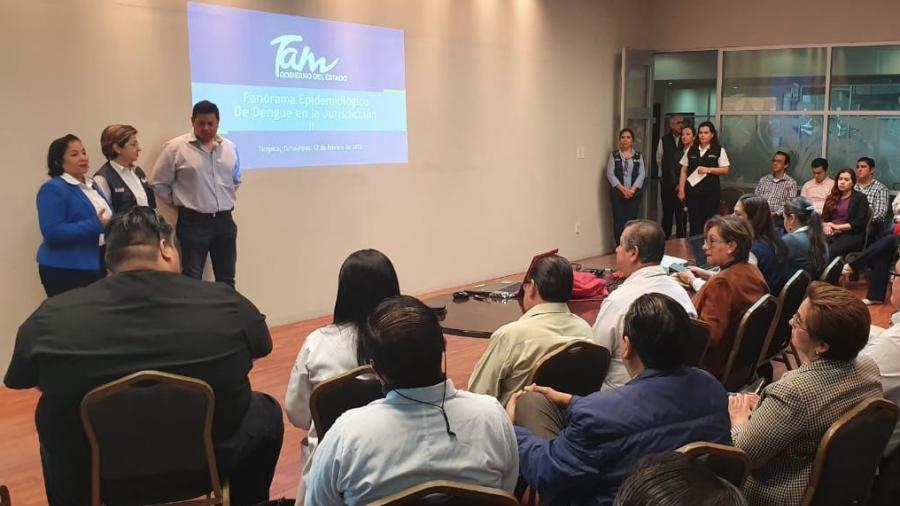 Actualiza Gobierno de Tamaulipas a médicos del estado en la atención al paciente con dengue