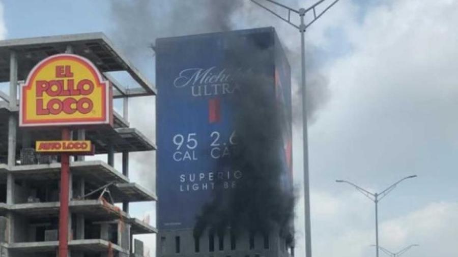 Incendio en Monterrey sorprende a habitantes