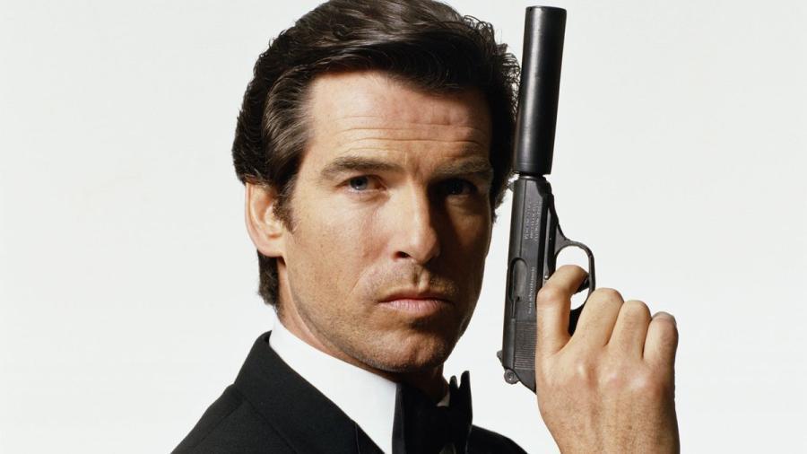 Apoya Pierce Brosnan la idea de que James Bond sea una mujer