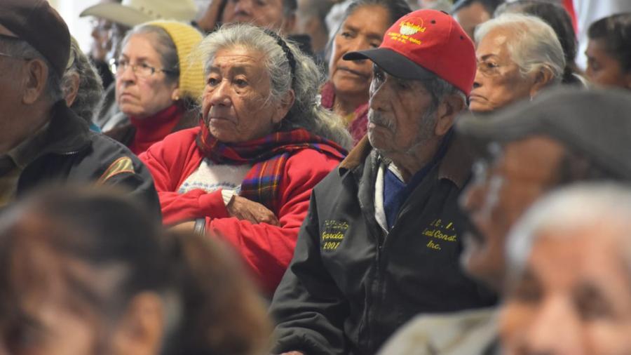 Gestionará Carlos Ulivarri apoyos para la población vulnerable