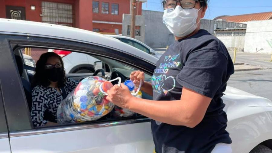 """""""Tapitas por una sonrisa"""" tienen una respuesta positiva con la recolección de tapitas de plástico para apoyar a los niños con cáncer en N.L."""