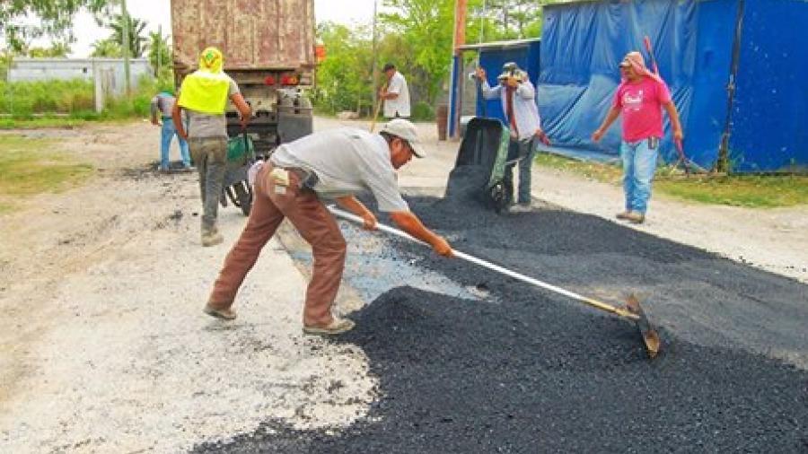 Obras Públicas trabaja en bacheo