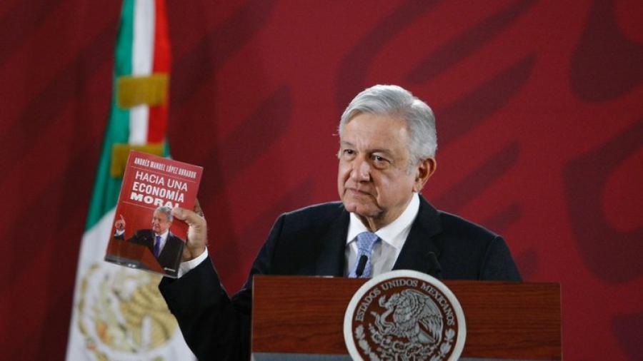 Libro de AMLO, el más vendido en Amazon