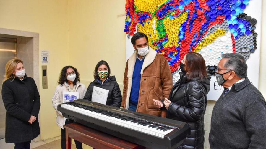 DIF Reynosa  realizó donación a la Casa de la Cultura