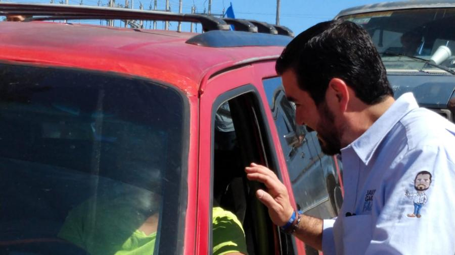 Franco y entusiasta se muestra Javier Garza Faz en su campaña proselitista