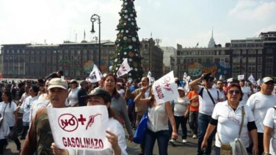 Marchan y protestan contra el gasolinazo del 2017