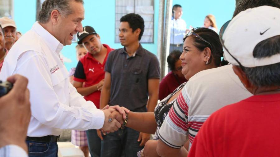 Con obras hidráulicas Adrián Oseguera cumple a los maderenses