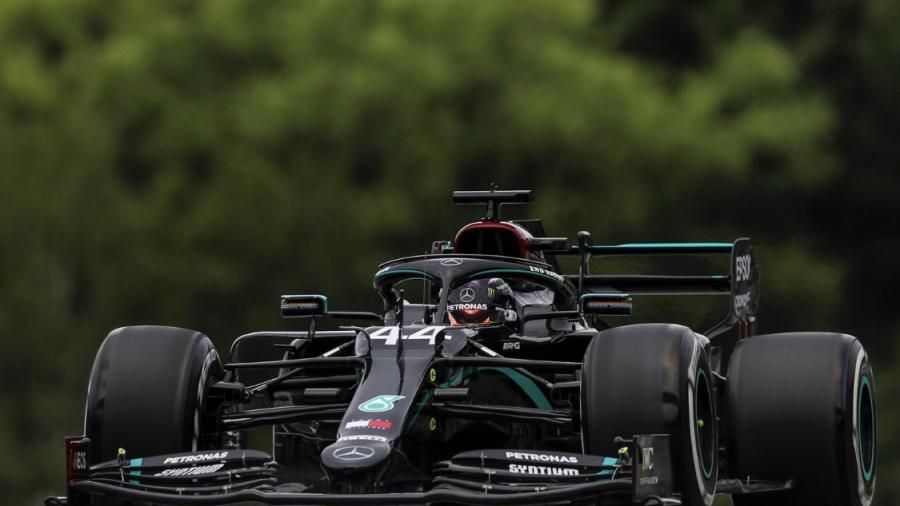 Lewis Hamilton se lleva el GP de Estiria para la escudería Mercedes