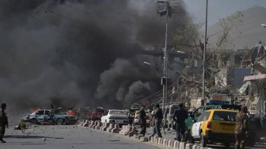 Fallecen cinco niños tras atentado explosivo en Afganistán