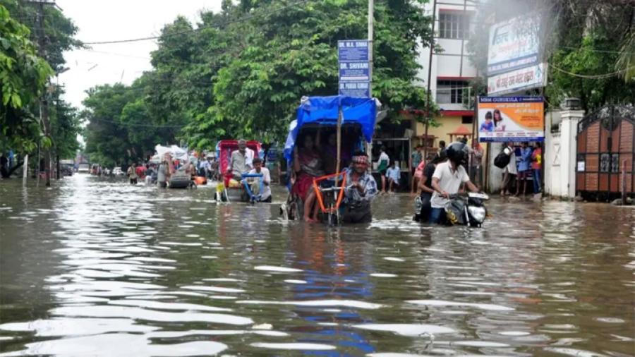 Más de 100 muertos en India por las primeras tormentas del monzón