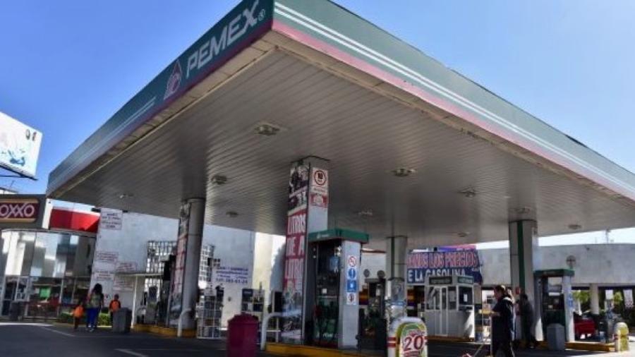 Trabajan autoridades para regularizar abasto de gasolina en varios estados
