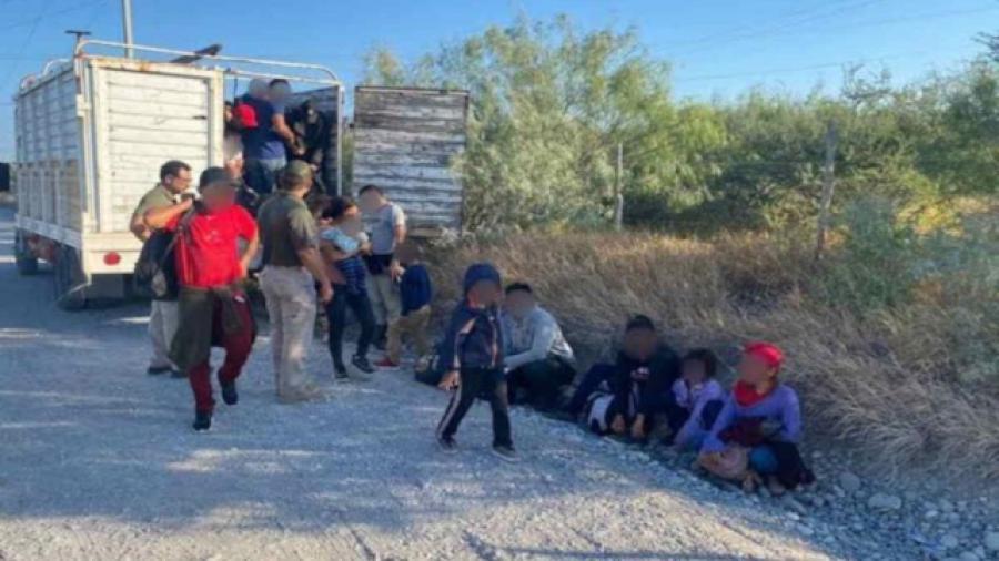 Rescatan a 103 migrantes en los límites entre los estados de Nuevo León y Tamaulipas