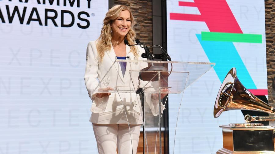 Los Grammy se quedan sin presidenta por supuesta acusación de mala conducta