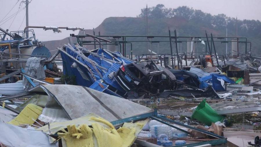 Tornados dejan destrozos y muertos en Wuhan y Suzhu, China