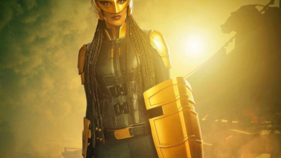 Primer vistazo a Azie Tesfai como Guardiana en Supergirl