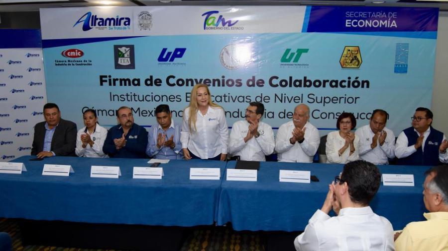 Firma Gobierno de Altamira convenio de colaboración con planteles deeducación superior y CMIC