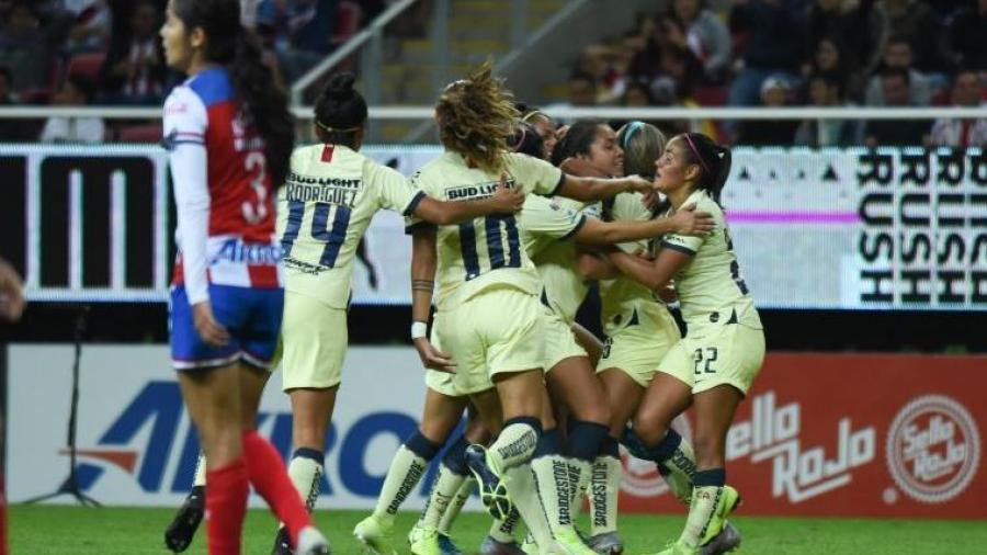 América vence 2-0 a Chivas Femenil en la ida de los cuartos de final