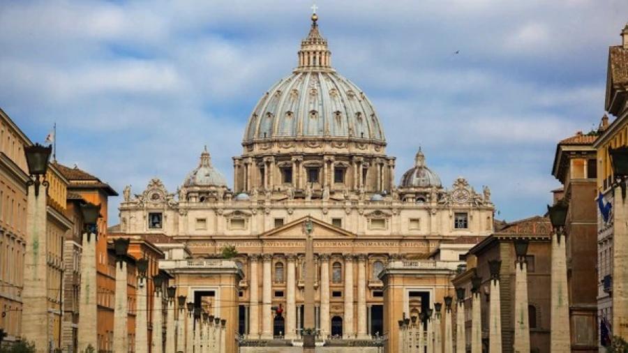 Se reúne Obispo de Nuevo Laredo con el Papa Francisco en El Vaticano
