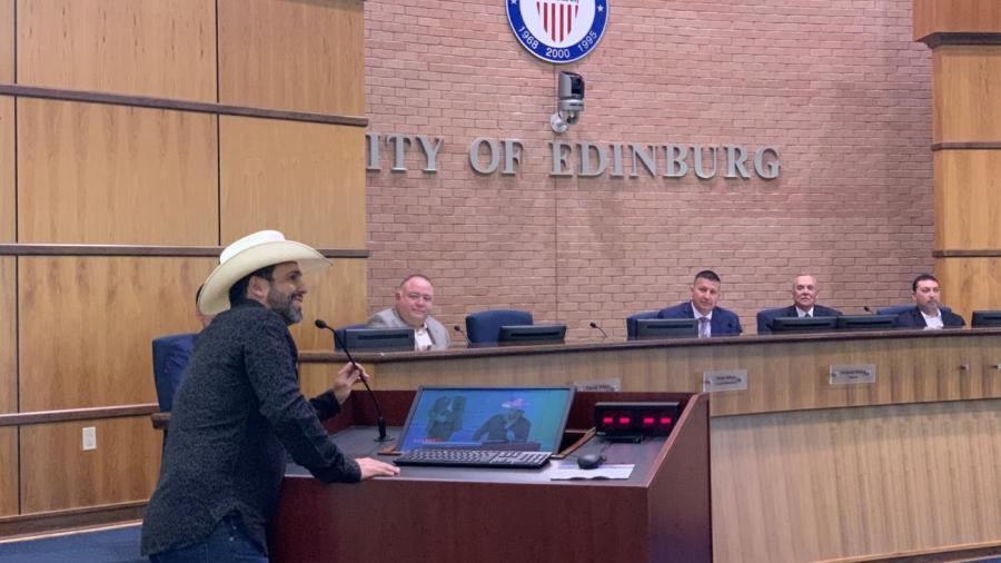 """Nombra Valle de Texas el """"Día de Bobby Pulido"""""""