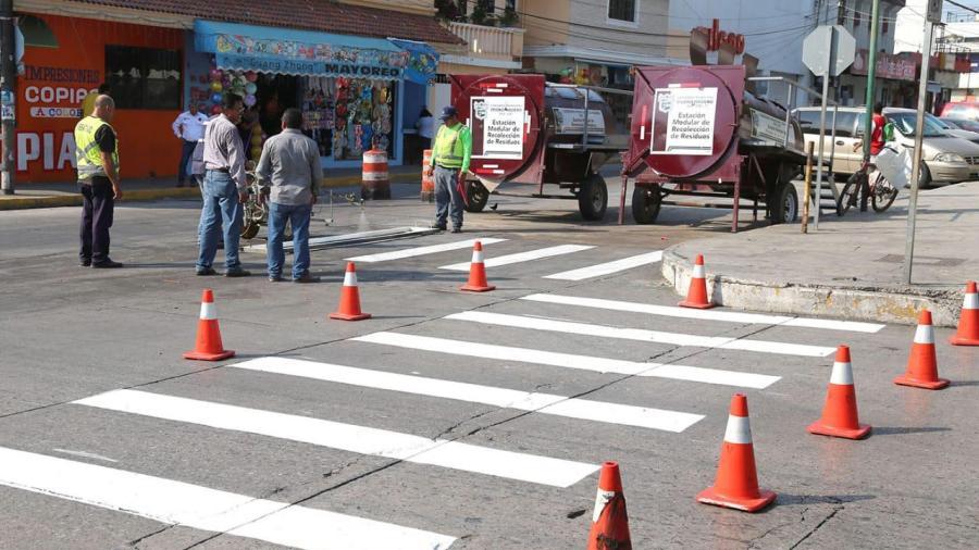 Continúan acciones de vialidad y mejoramiento urbano en ciudad Madero