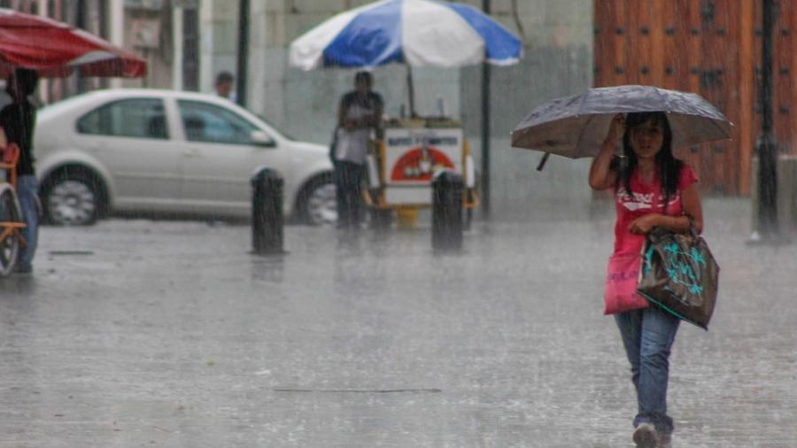 Se pronostican lluvias puntuales de fuertes a intensas en el sureste de México y la Península de Yucatán