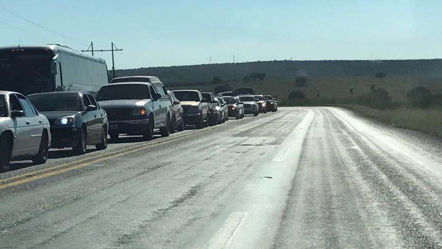 Turistas abarrotan carreteras de Tamaulipas