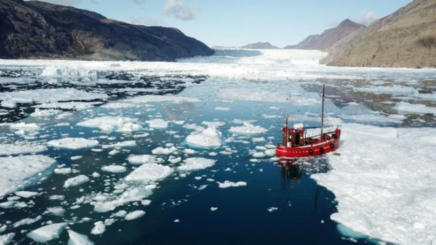 """Alertan sobre derretimiento """"masivo"""" de hielo en Groenlandia"""