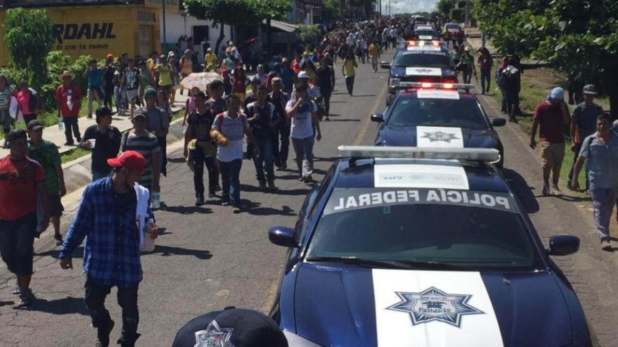 Muere migrante hondureño al caer de tráiler en movimiento