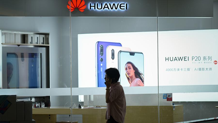 Huawei desafía abiertamente a Samsung y Apple