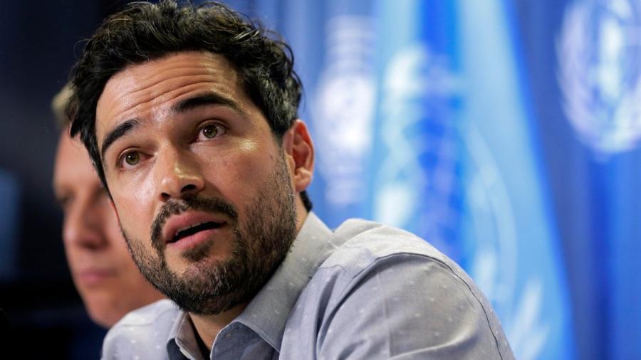 Alfonso Herrera es nombrado embajador de buena voluntad de ACNUR