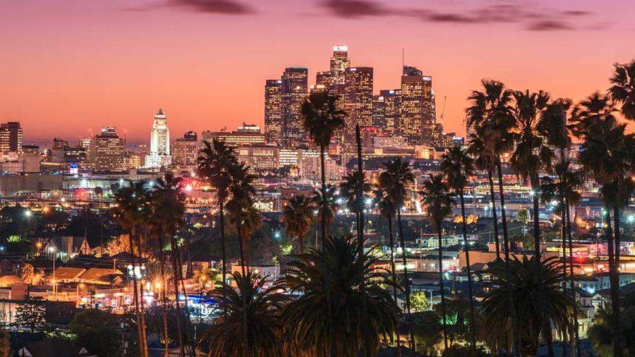 Departamento de Justicia advierte a Los Ángeles que extensión de la cuarentena podría ser ilegal