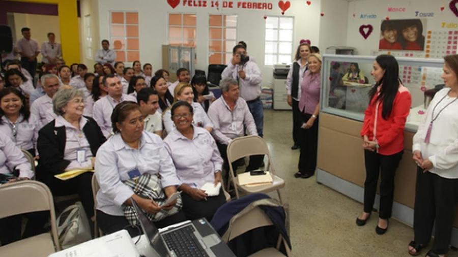 NotiGAPE - Capacitan sobre derechos humanos a personal del DIF Matamoros 22b38af3441e1