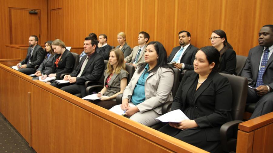Juicios federales en Texas son suspendidos hasta el mes de julio