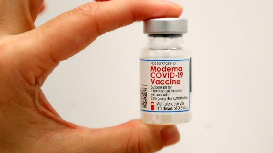 Moderna busca crear vacuna híbrida para Covid-19 y la gripe