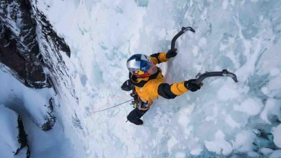 Tres alpinistas desaparecidos tras avalancha en montañas de Canadá