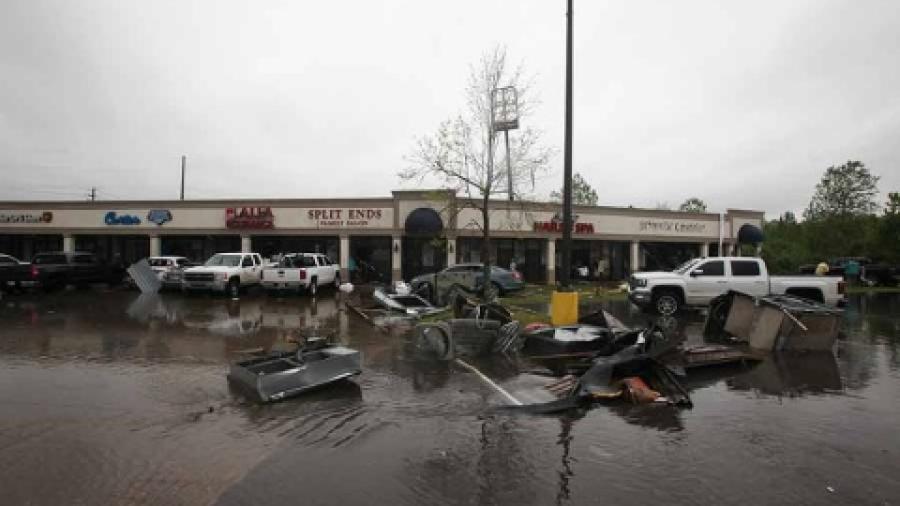 4 muertos tras tornados en sur de EU
