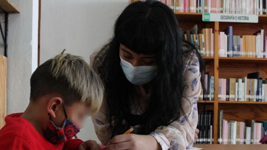 Maestros y cuidadores infantiles en Texas son elegibles para ser vacunados contra covid