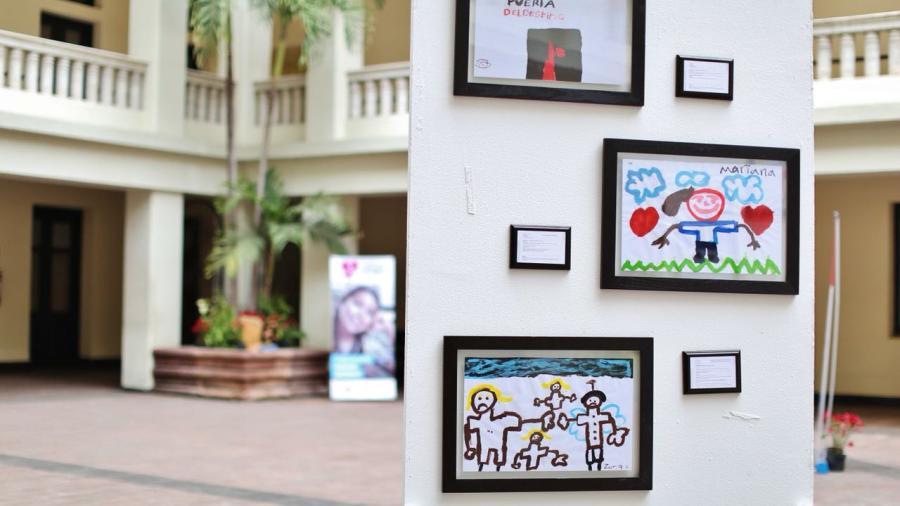 Invita DIF a exposición de dibujos