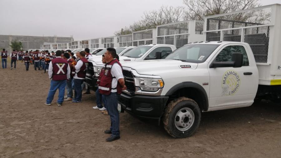 Entregan 15 nuevas unidades para limpieza pública de Matamoros