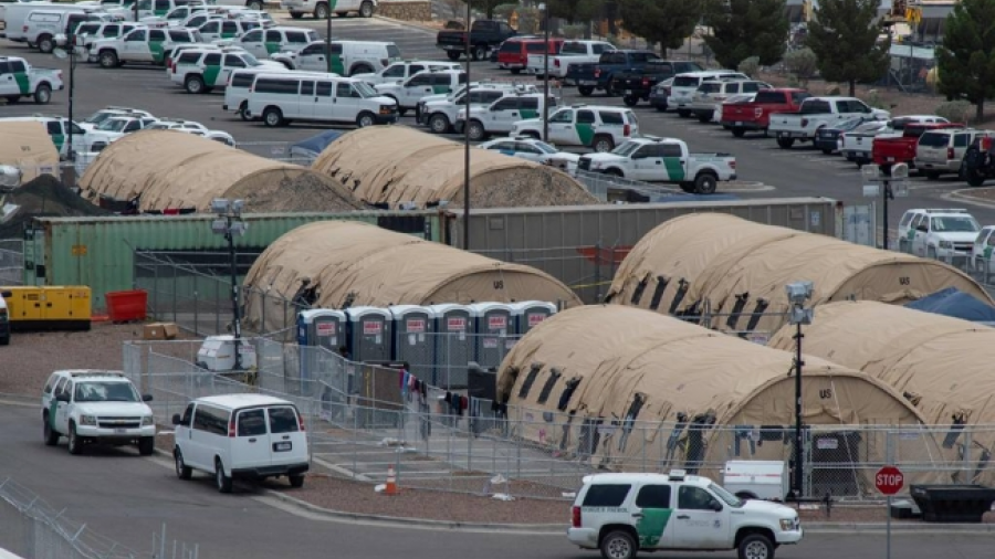 Se duplican casos de migración en cortes de EU