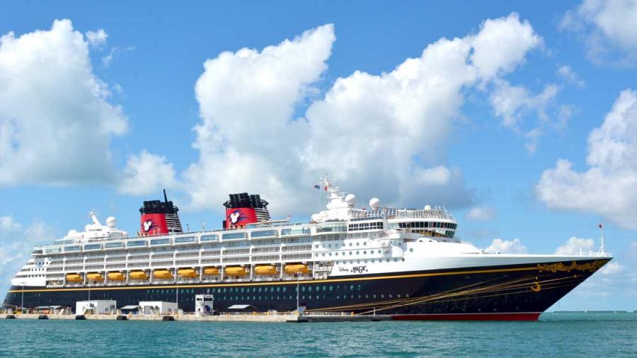 Empleado de cruceros de Disney, arrestado por violación a menor de edad