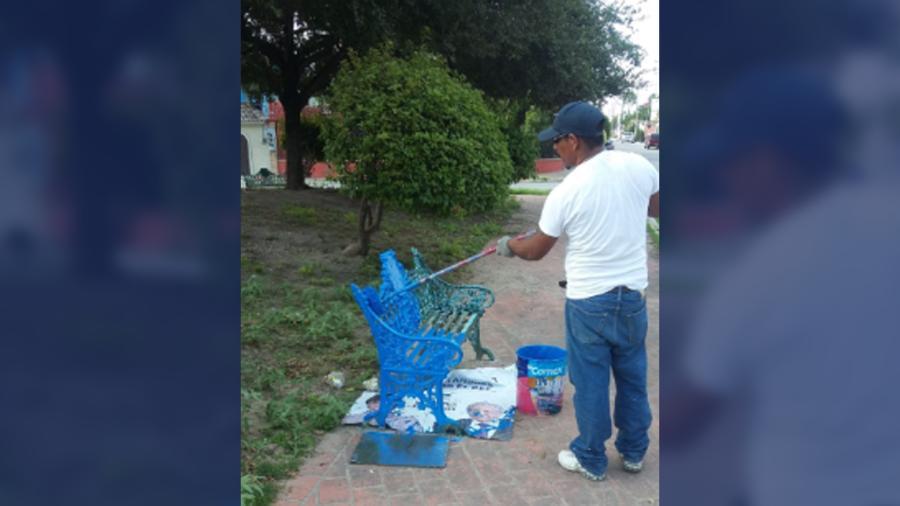Remozan trabajadores municipales plaza pública