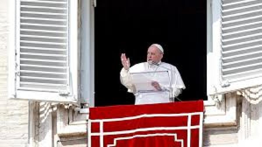 Papa Francisco condena secuestro de 317 niñas en Nigeria