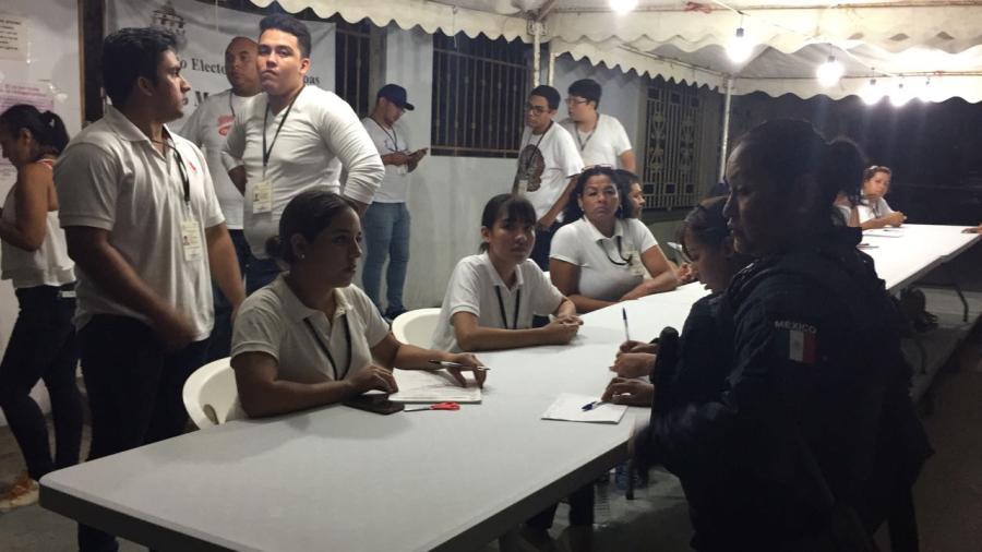 Cerca de las 11 de la noche llega el primer paquete electoral al IETAM de Altamira