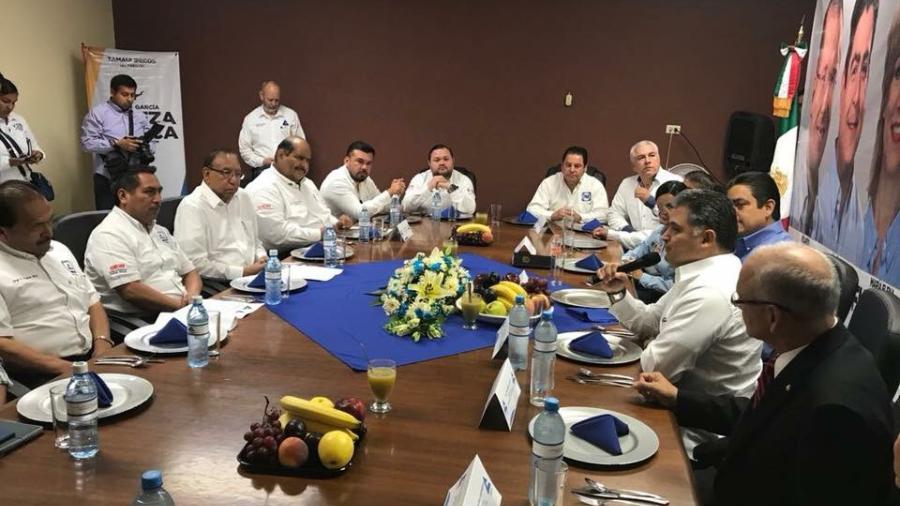 Se reúne Ismael García con empresarios en Matamoros