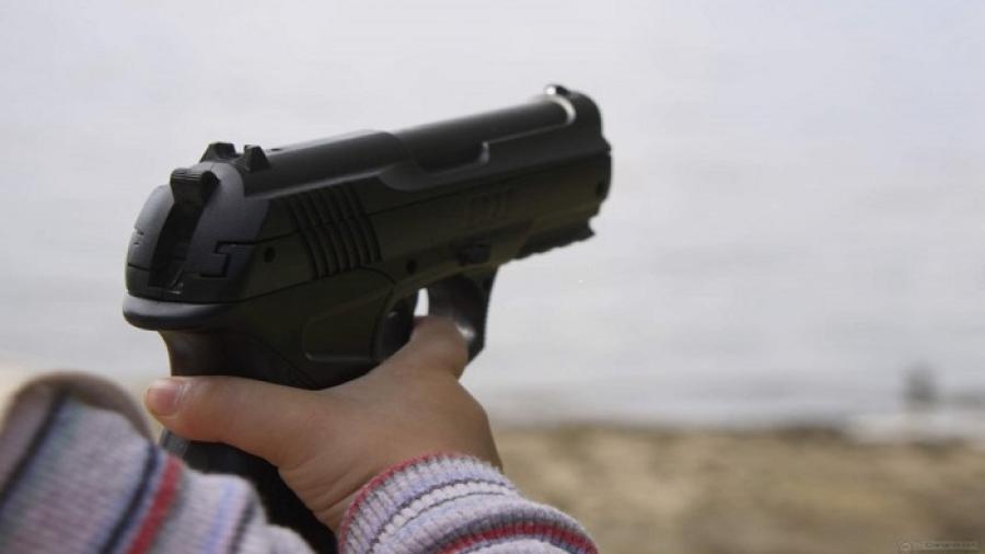 Niño de 4 años dispara a su hermano de 7 meses