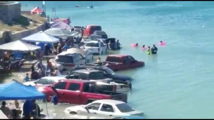 Sorprende 'marea viva' a turistas en Sonora