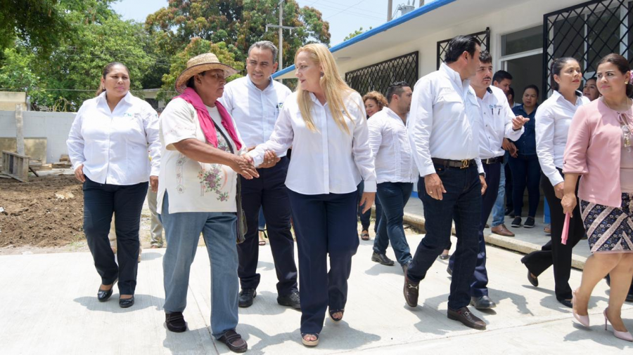 """Inauguran trabajos de rehabilitación en la Escuela Primaria """"Amado Nervo'' de Altamira"""
