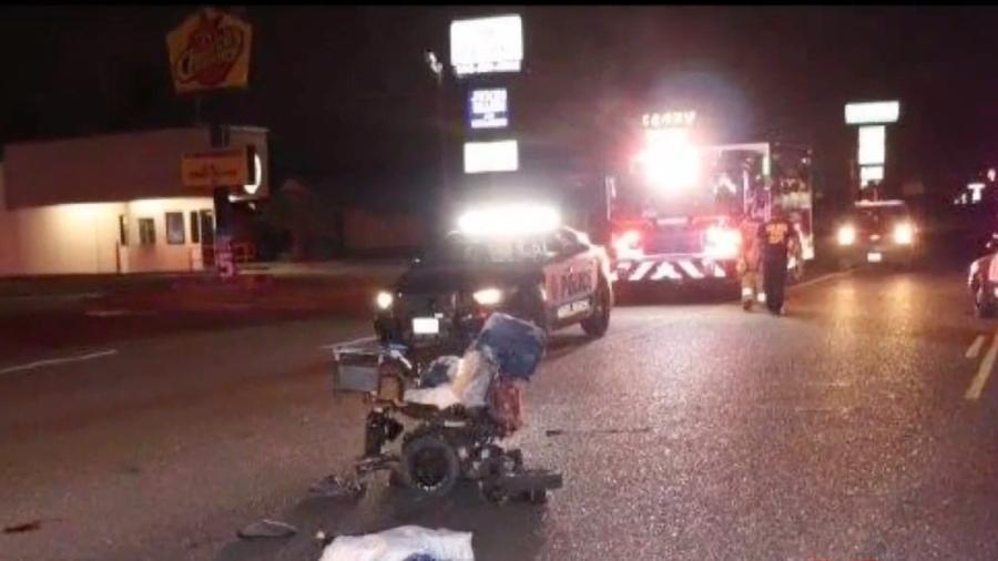 Atropellan a una mujer en silla de ruedas